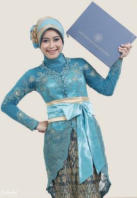 Aneka Model Hijab Modern untuk Wisuda