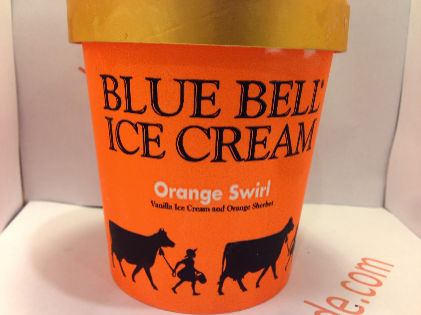 cream bell You love king cake you love ice cream so when blue bell puts out a flavor called mardi gras king cake, you must have some right.