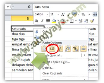 Gambar: Mengakses paste values melalui klik kanan (right click) mouse di Excel 2010