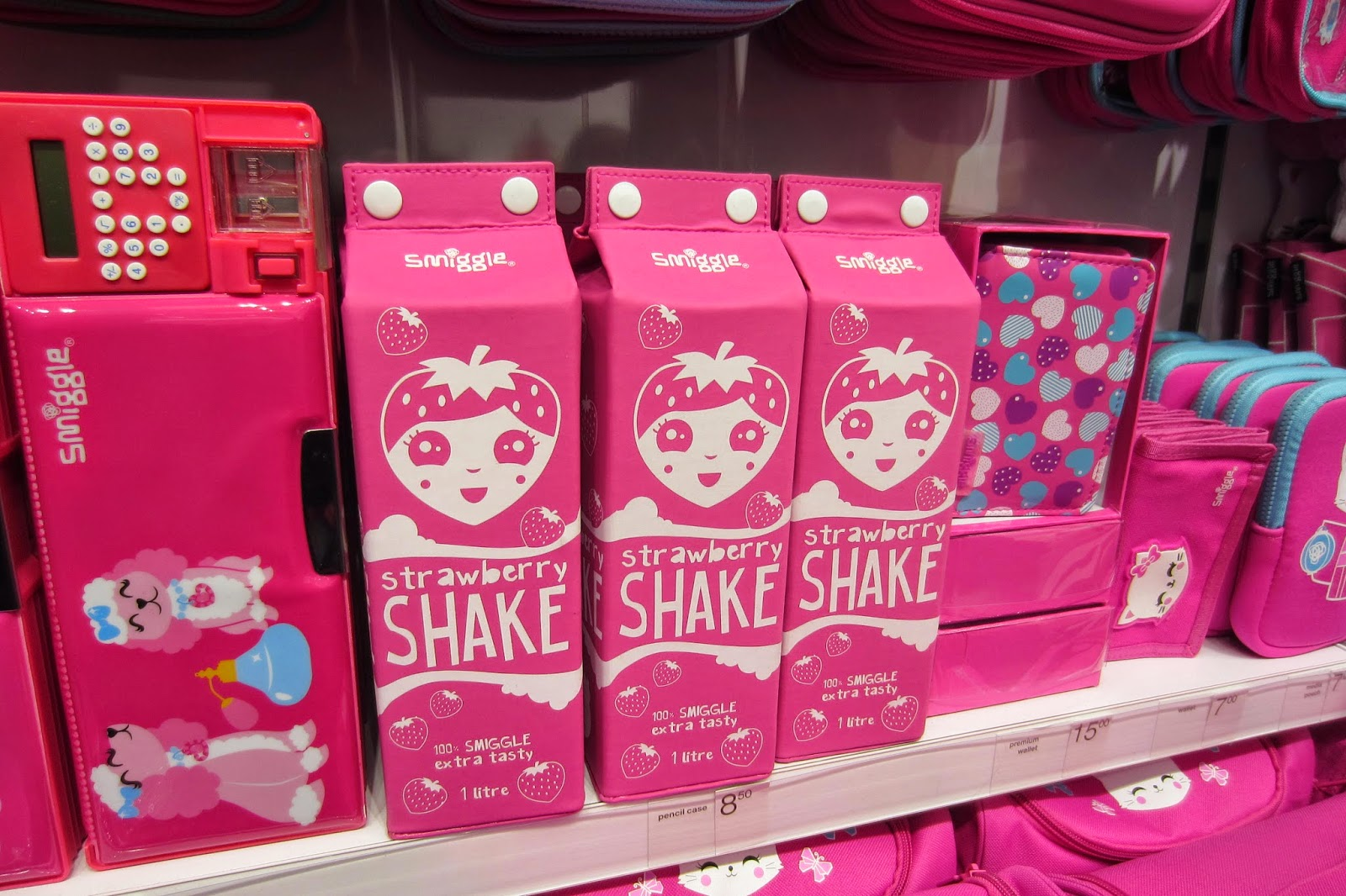 bella and robot event smiggle uk launch at bullring