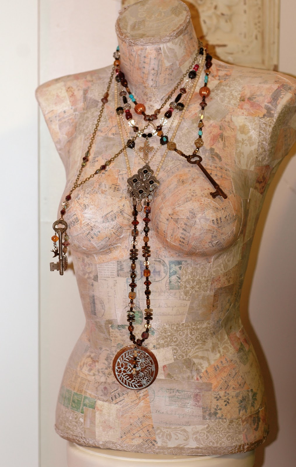 How to make or makeover a mannequin for jewelry displays for Jewelry displays