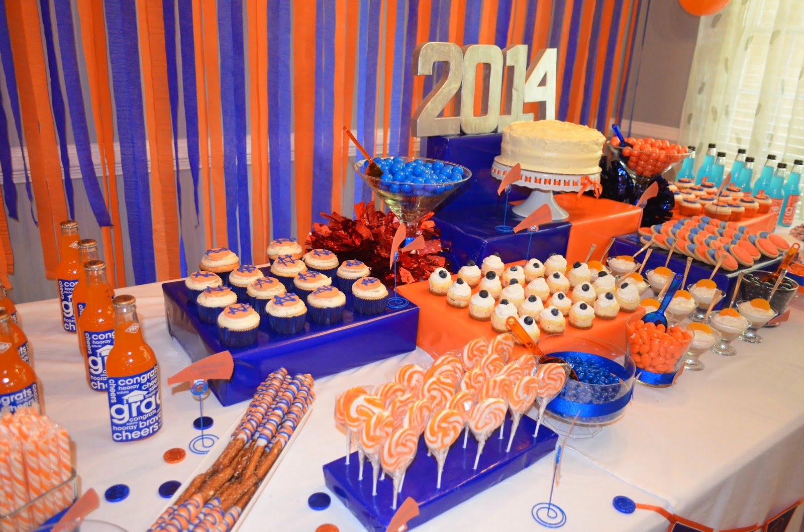Cakegirl's Kitchen: Blue and Orange Graduation Party