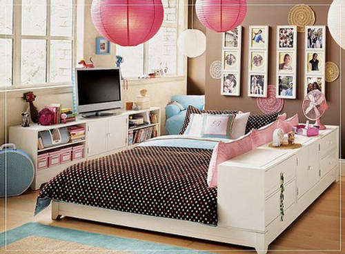 teen girls bedroom with cute furniture. Black Bedroom Furniture Sets. Home Design Ideas
