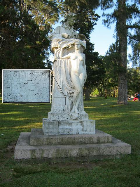 escultura al pintor uruguayo C M Herrera