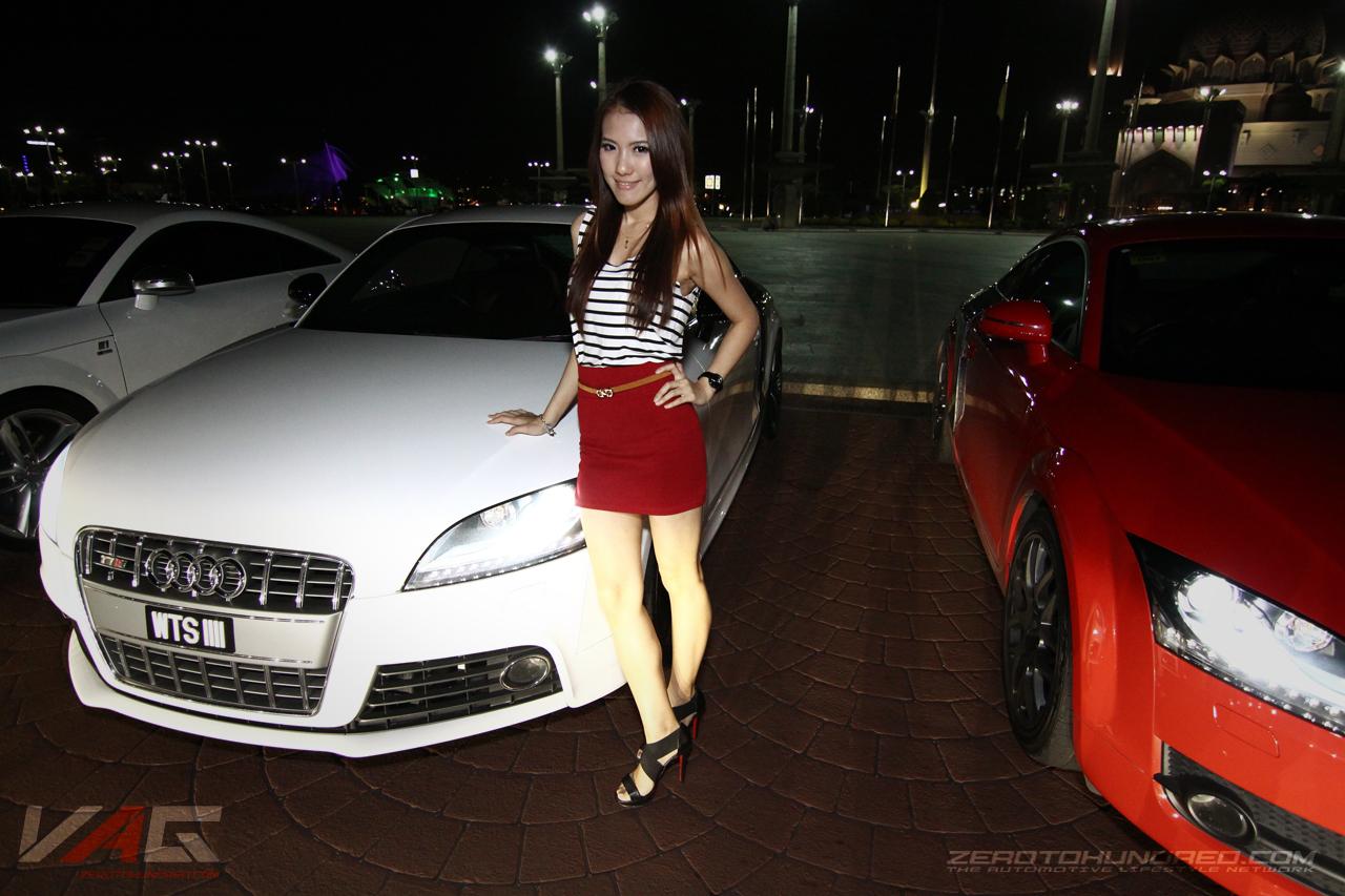 Hot Girls Posing at Volkswagen-Audi Group Club Meet!