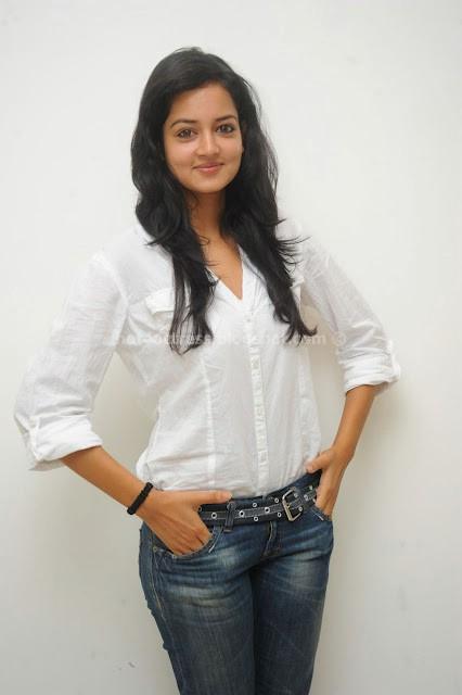 Shanvi actress latest spicy photos