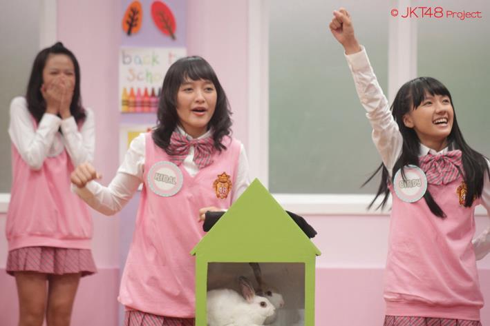 Shania JKT48 Kinal JKT48 dan Cindy JKT48