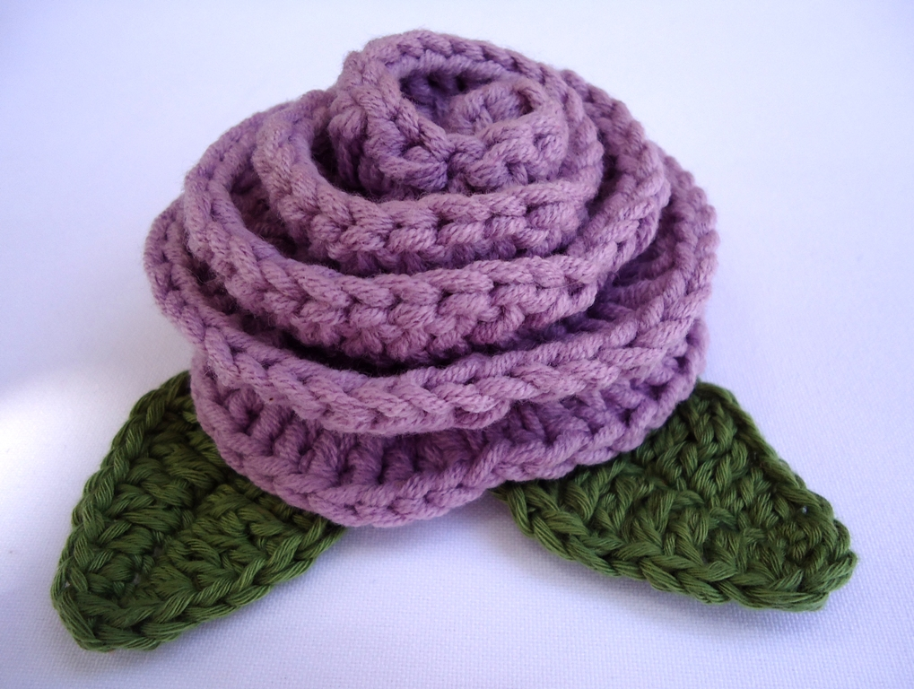 Large Crochet Rose Pattern Free : Stitch of Love: Rose Brooch Pattern
