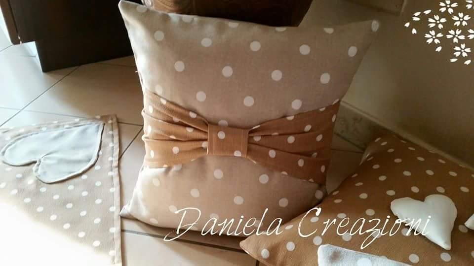 Daniela creazioni cuscini shabby chic for Cuscini per sedie shabby chic