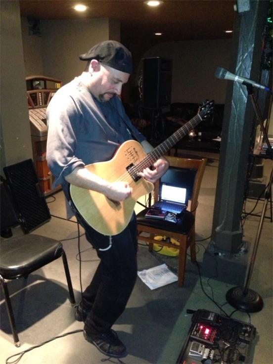 Victor Samalot / acoustic instrumental guitarist