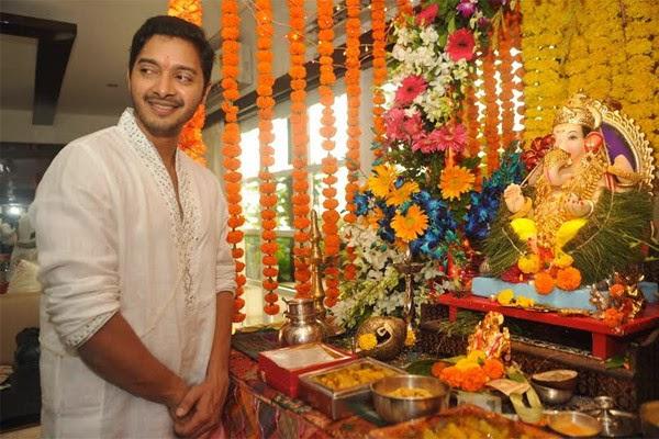 Shreyas Talpade Celebrates Ganesh Festival