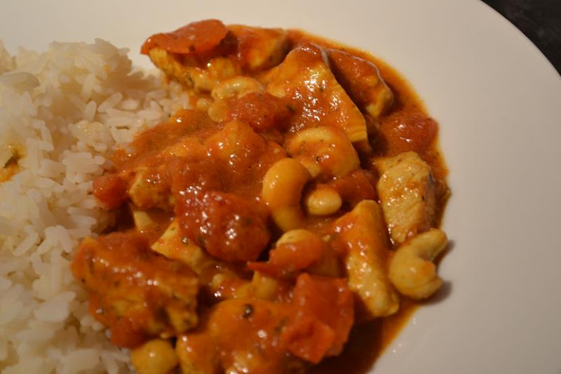 COMFORT BITES BLOG: Patak's Chicken and Cashew Nut Curry