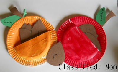 paper crafts for halloween: apple and pumpkin pocket craft and name recognition