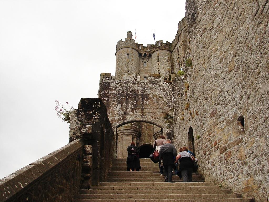 Clarando mont saint michel for Mont saint michel interieur