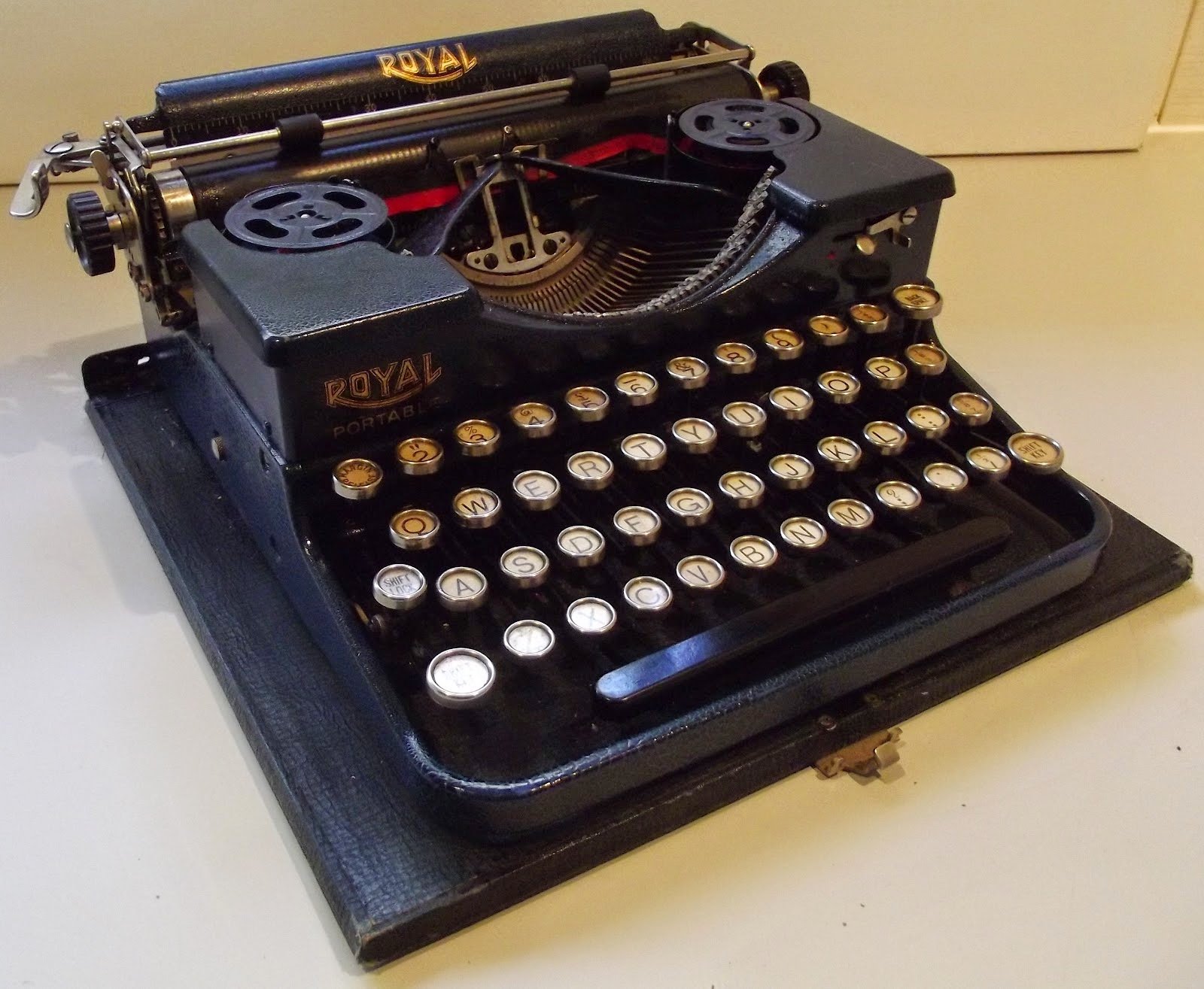 Typewriters for sale cheap
