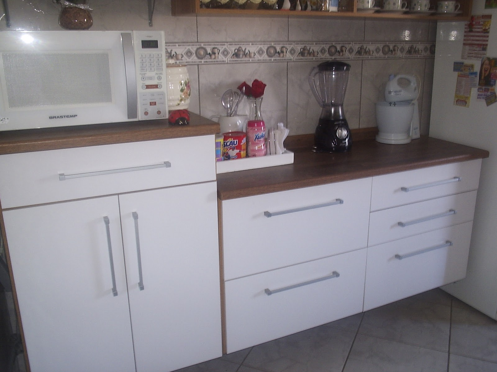 #5F4C47  For linha de cozinhas completas oferecida pelas Casas Bahia possui a 1600x1200 px Armario Grande De Cozinha Casas Bahia #2135 imagens