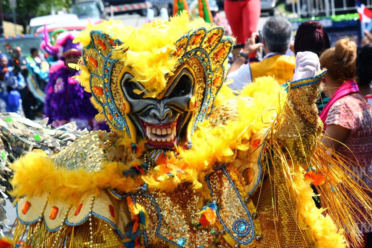 El carnaval vegano - diablo cojuelo Republica Dominicaa