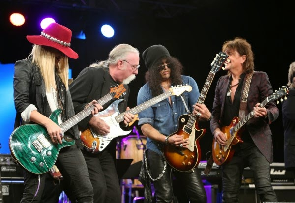 Slash - Les Paul Award - NAMM 2015