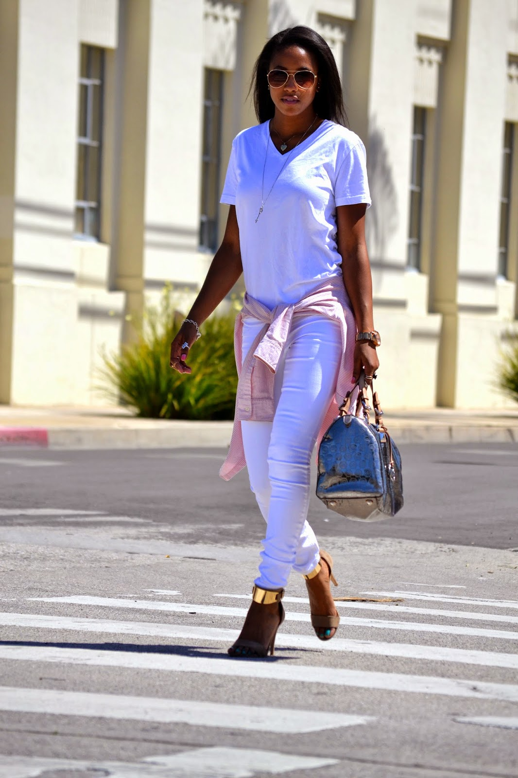 how to wear all white in the spring