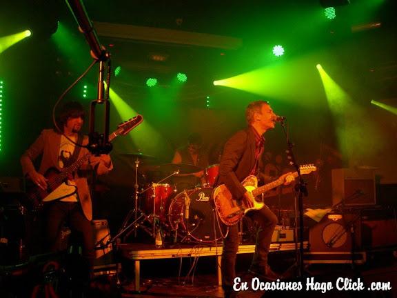 Ariel Rot en concierto en sala penelope de madrid - Desconcietos
