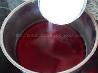 Tort Padurea Neagra preparare crema de visine Foret Noire