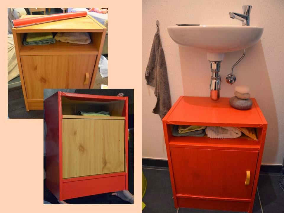 Les tribulations des pipelettes relooking de meuble for Papier autocollant meuble