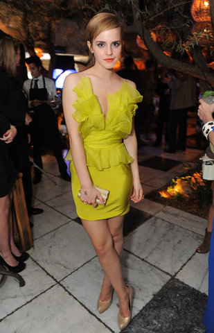emma watson mtv movie awards after party. Emma accessorized with gold