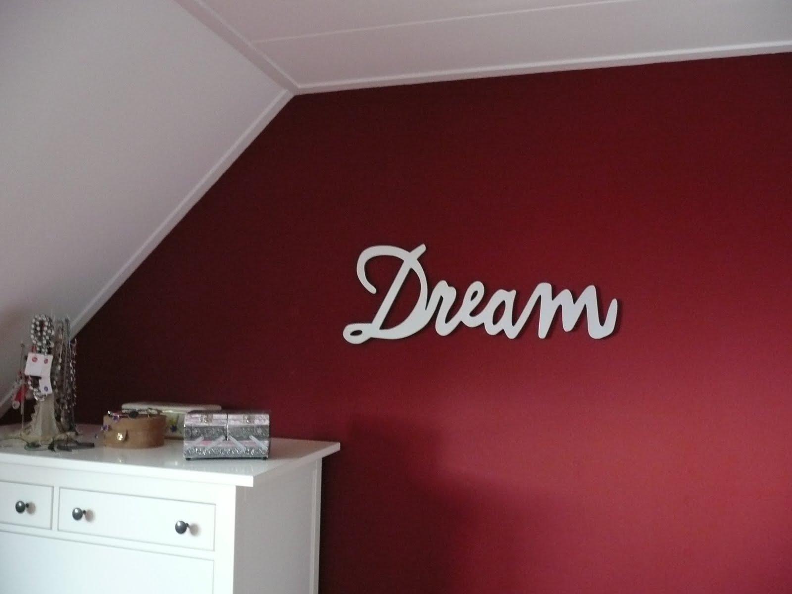 Bordeaux Rode Slaapkamer : Rode slaapkamer muur u2013 artsmedia.info