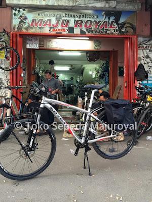 Tas Sepeda Touring B