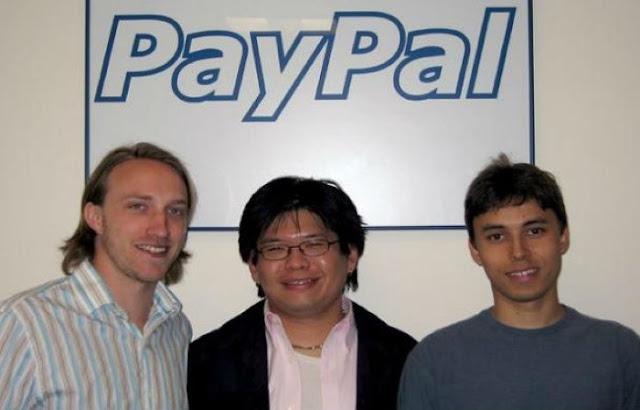 """ثلاثة من موظفين """"باي بال"""" هو المساهمين في إنطلاق موقع YouTube"""