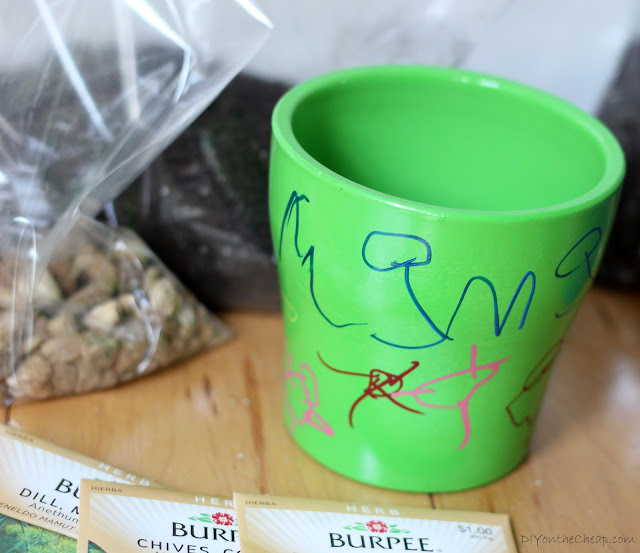 DIY Potted Herb Kit + Free Printable! Have your kids decorate a pot, include all supplies and give as a gift.
