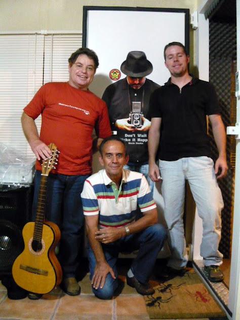 Sessão de gravação de nosso CD - Projeto ProAC - 2011 - 07/05/201