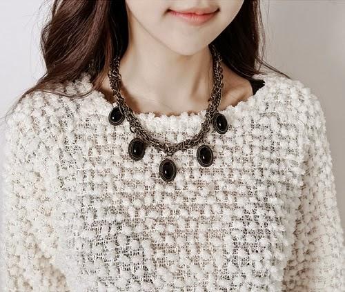 Accessories - Antique Stone Necklace