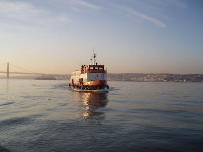 """""""Cacilheiro"""" Boat"""