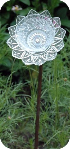 Embroidery garden glass plate flower for Flowers made of glass