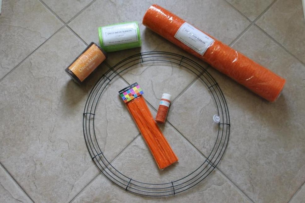 Decorating With Mesh Ribbon Ideas