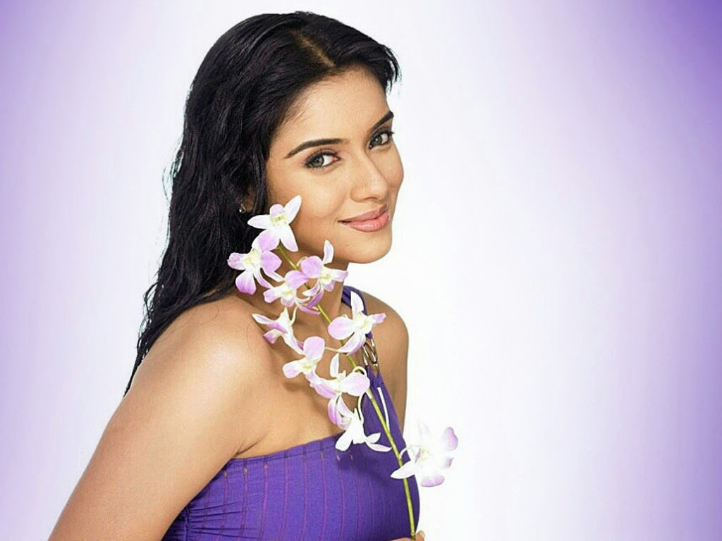 nice indian face: asin hot wallpapers
