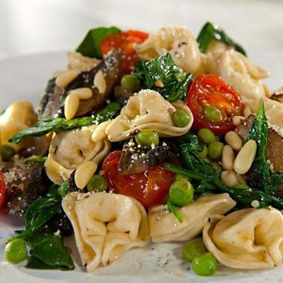 Tortellini & Spinach Recipe   Delicious Recipes