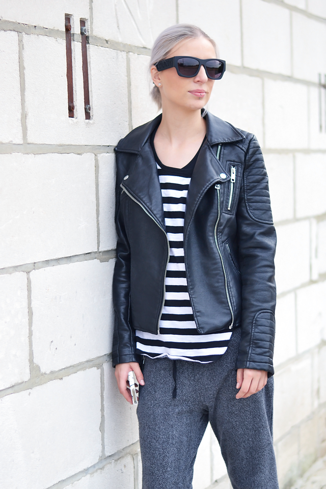 Outfit, ootd, zara leather jacket, 2014, Mango, black and white, stripe t-shirt, zara joggers, grey wool, cuff, one star sneakers, converse, alexander wang x h&m sunglasses, street style, sportive, summer 2015