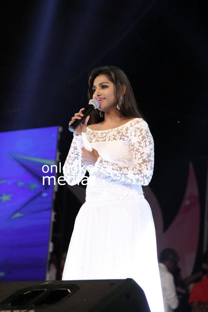Mallufun.com: Meera Anil