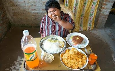 Porsi Makan Bocah Paling Gendut di Dunia