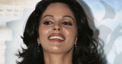 actresses photos actress mallika sherawat in open half