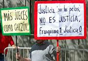 A finales de los años 90, cuando en Argentina regía una amnistía que impedía .