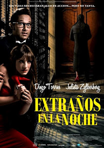"""Extraos en la noche"" Estreno 5 de Abril."