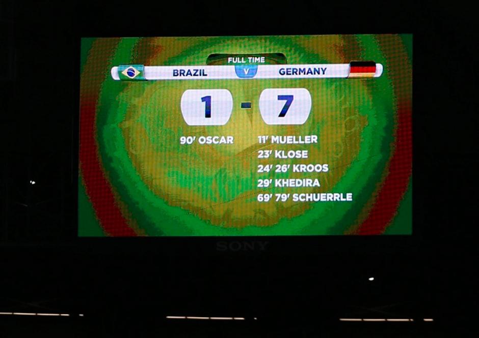 http://www.faz.net/aktuell/sport/fussball-wm/1-7-ein-abend-wie-ein-begraebnis-fuer-brasilien-13035036-b1.html#fotobox_1_3035036