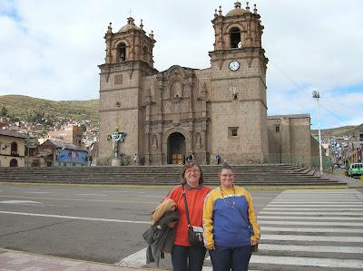 Catedral de Puno, Perú, La vuelta al mundo de Asun y Ricardo, round the world, mundoporlibre.com