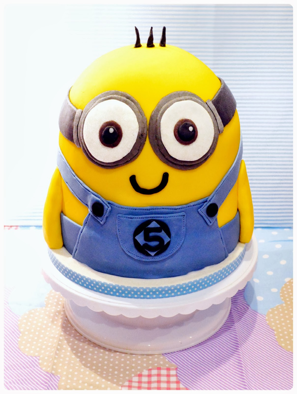 Despicable Me Minion Cake Chrie Kelly