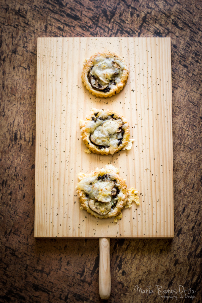 Hojaldre de champiñon con aceituna negra- cocinandoespero