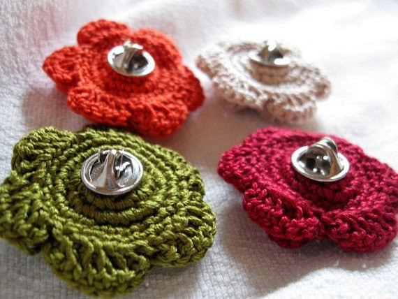 https://www.etsy.com/listing/185328496/4-clutch-back-flower-pins-112-inch-red?ref=shop_home_feat_1