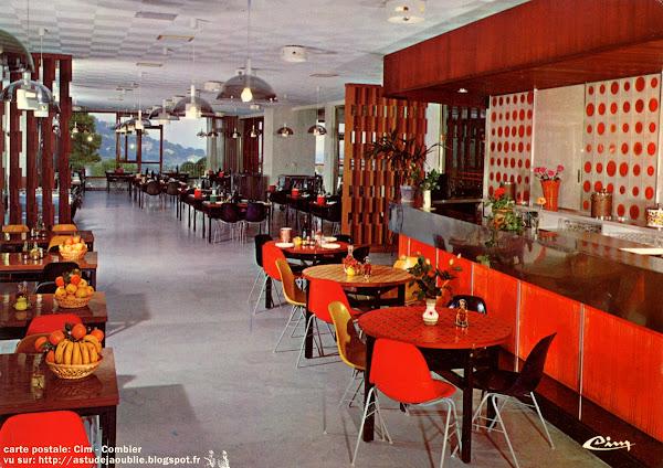 "Chaises ""DSX""  Designer: Charles & Ray Eames - Editeur: Herman Miller"